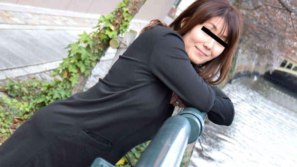 パコパコママ 101319_189 剛毛なスキモノ奥さんと主観デート ムッチリ菊池よしの36歳と中出しセックスデート!